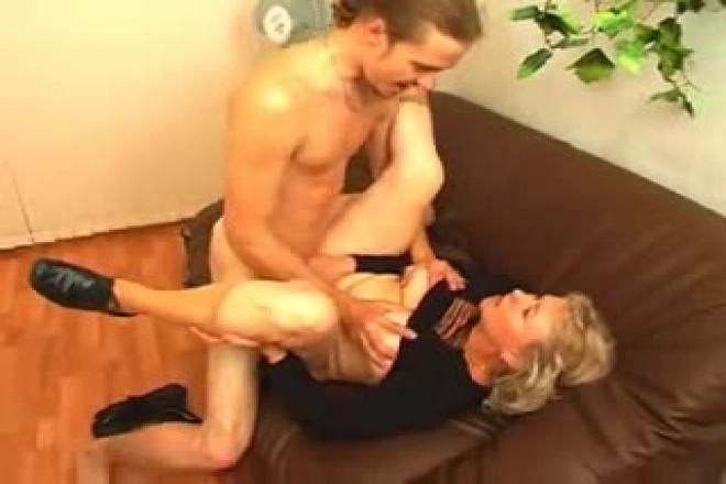grand-mère Porn Hardcore